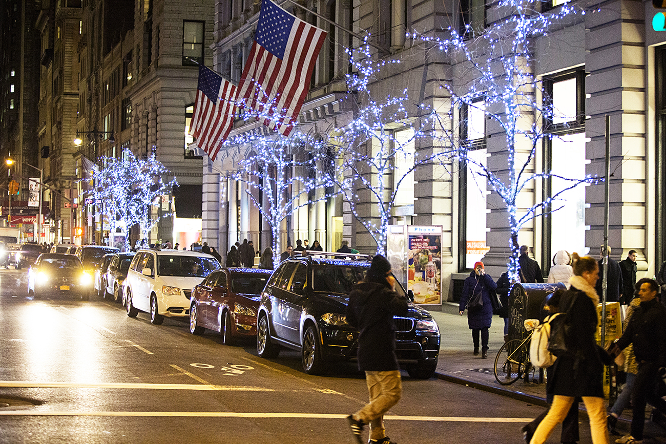 5th Ave Lights 2