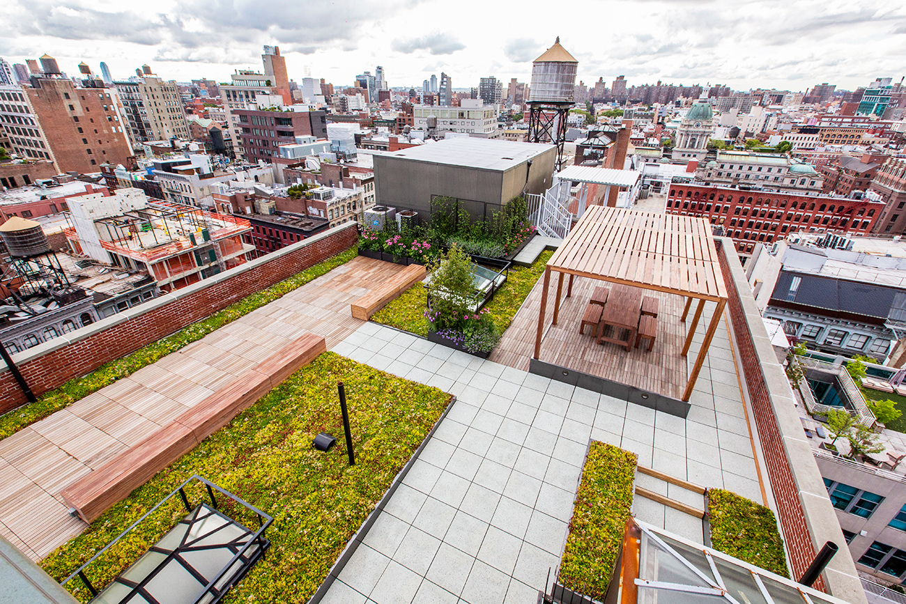 Outdoor Sustainable Rooftop - Exterior Landscaping NYC - John Mini